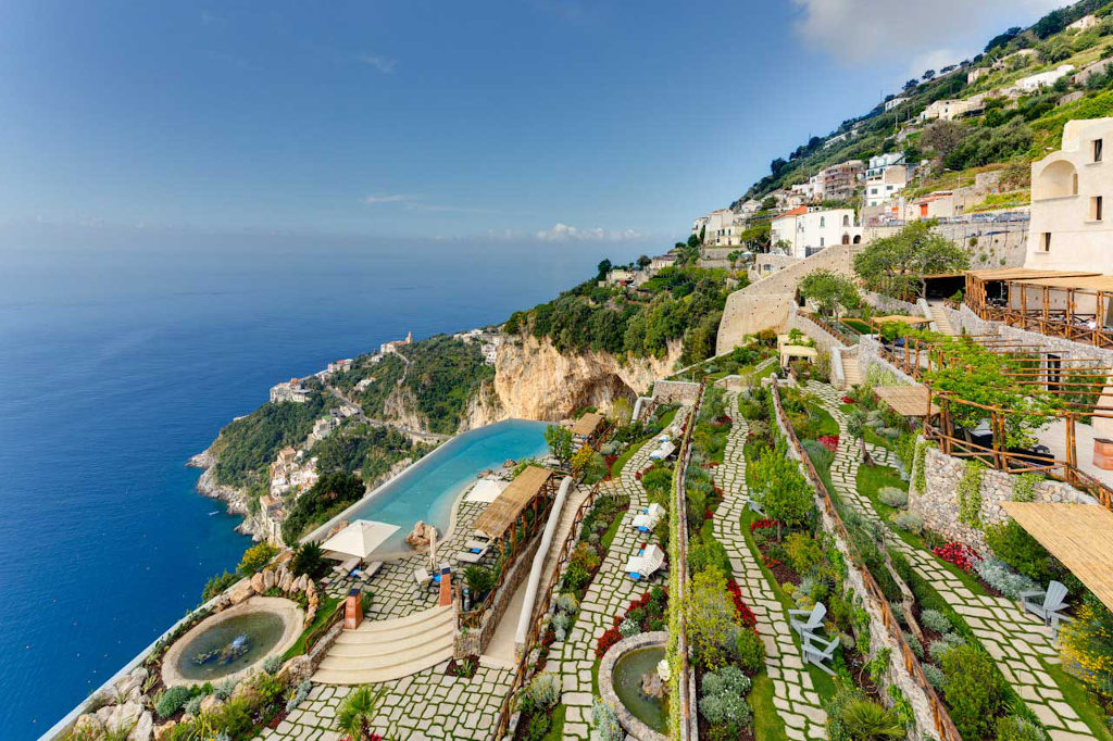 Monastero santa rosa luxury hotel amalfi coast for Hotel luxury amalfi