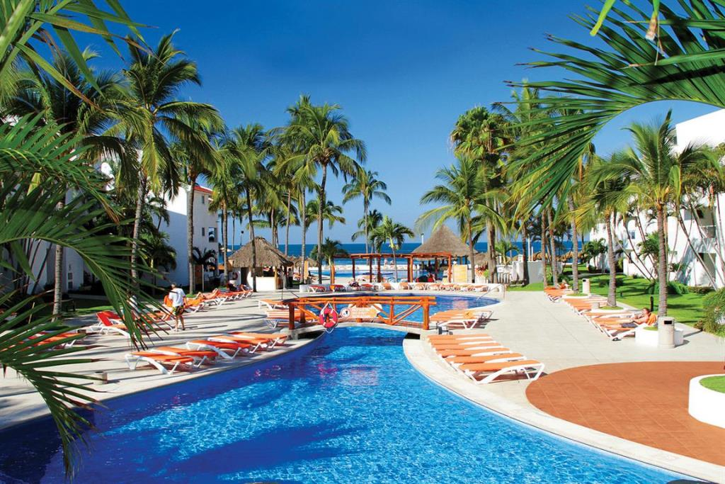 NAY_ClubMarival&Suites-Pool