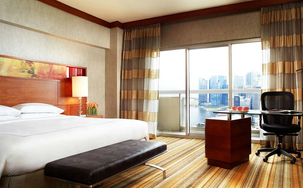 Swissotel-singapore-view-1