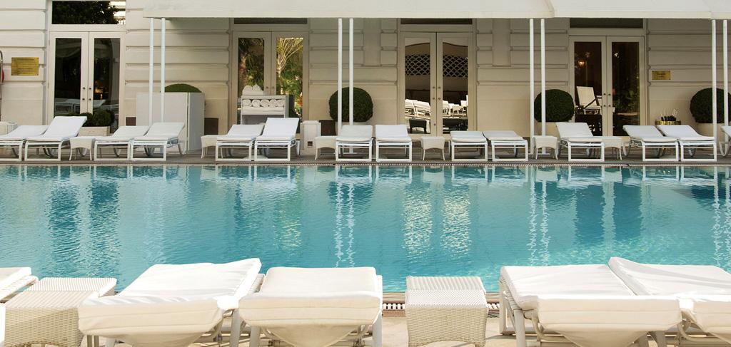 belmond-copacabana-palace-pool