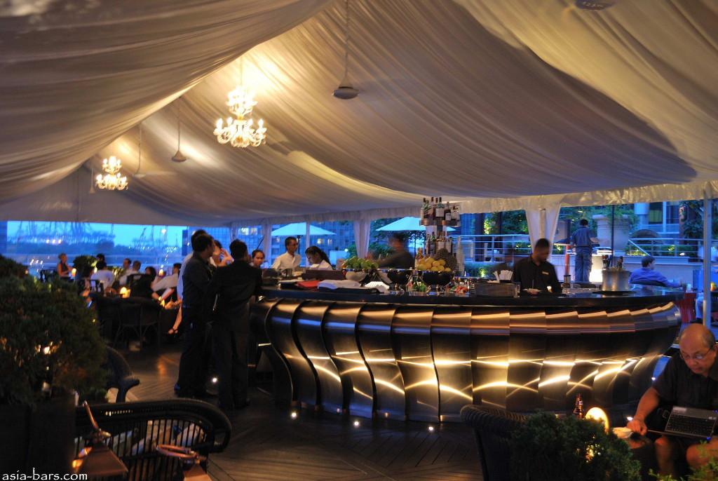 lantern-bar-fullerton-bay-hotel012