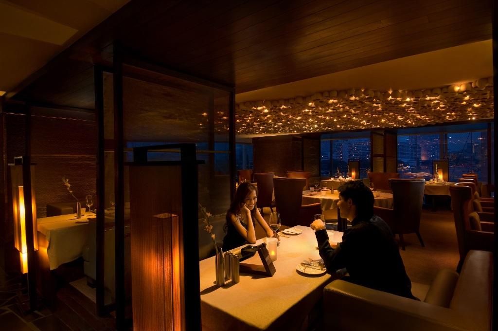 Prime Steakhouse - Millennium Hilton1