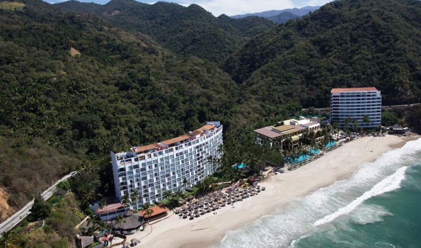 Newly Opened Hyatt Ziva Puerto Vallarta Welcomes Guests With Promotional Rates
