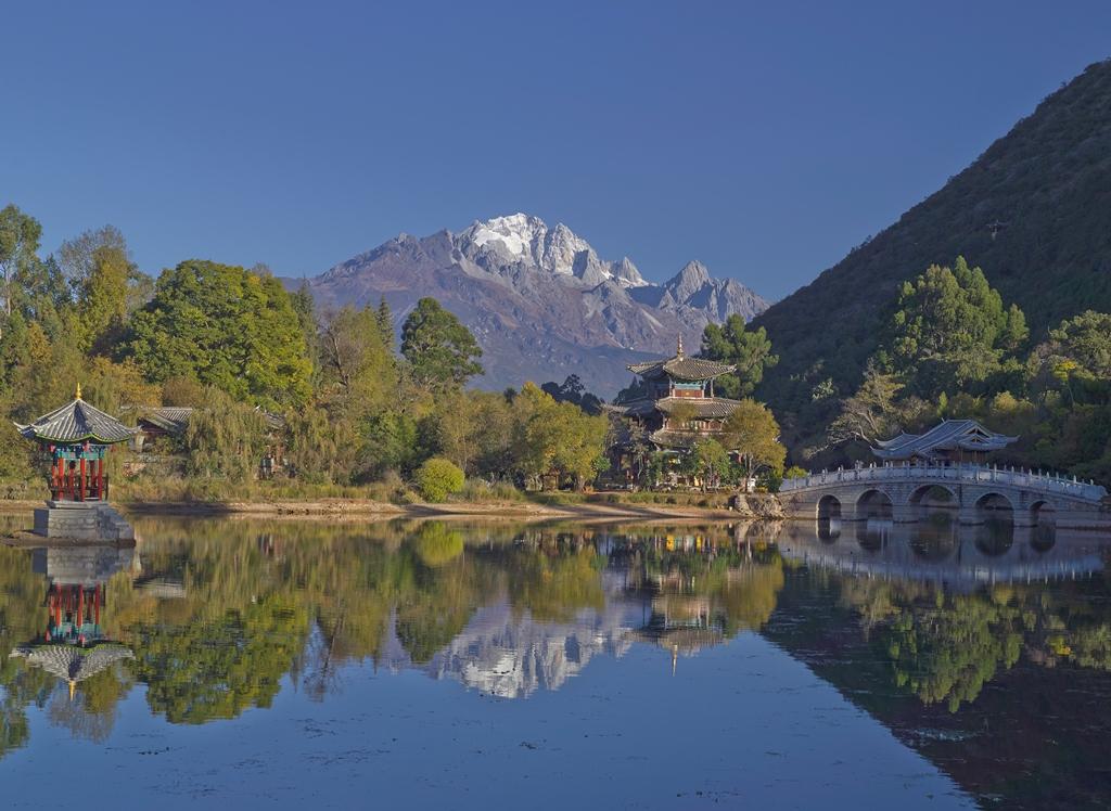 Amandayan - Lijiang_Black Dragon Lake