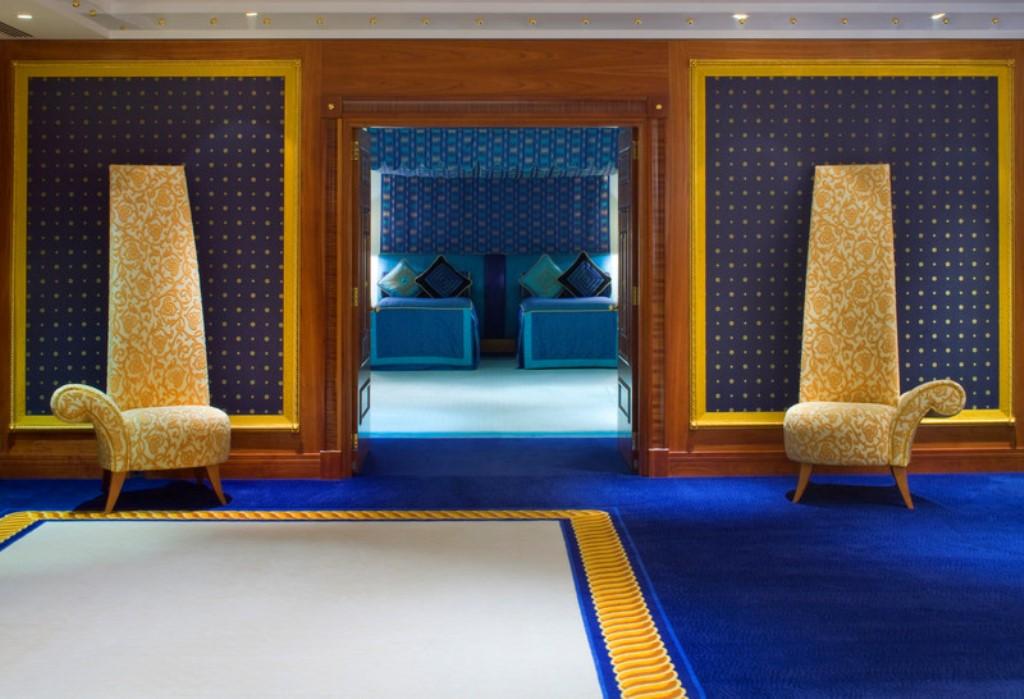 Burj Al Arab - Diplomatic Suite Twin Bedroom Lower Level