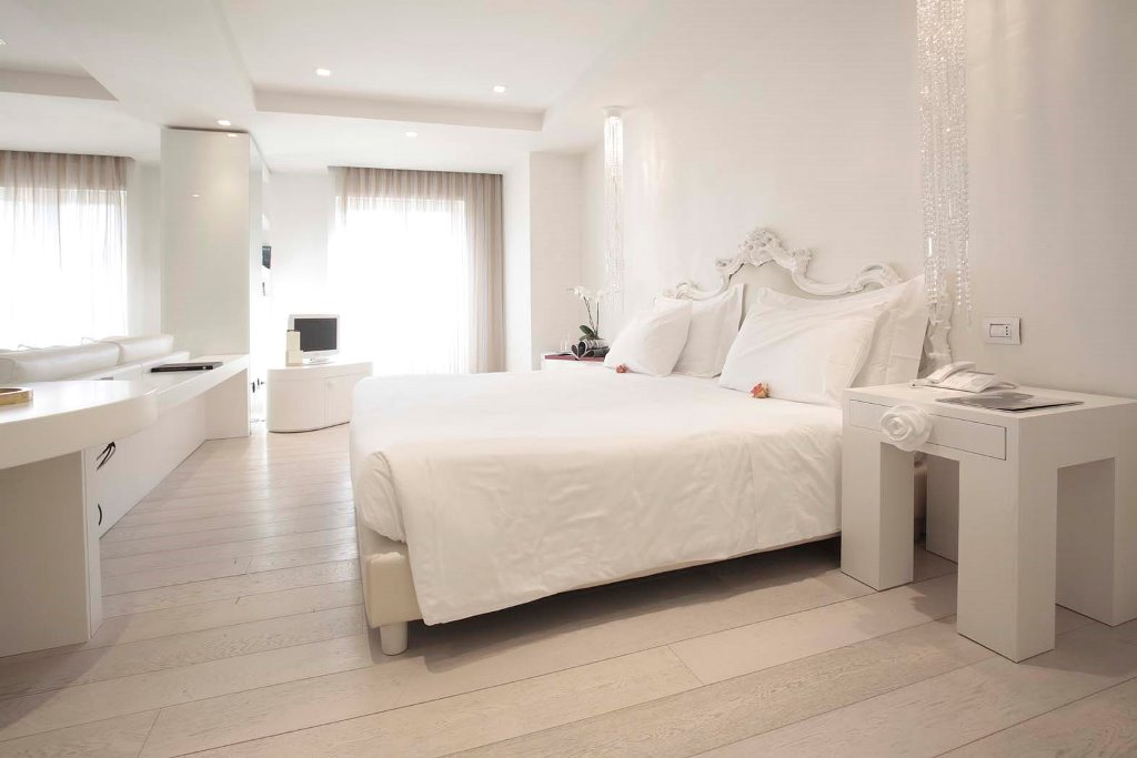 Boscolo-Exedra-Nice-Junior-Suite-2