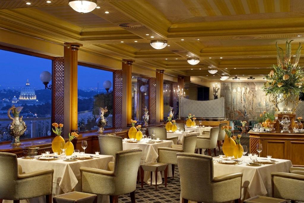 Rome-Cavalieri-La-Pergola-restaurant