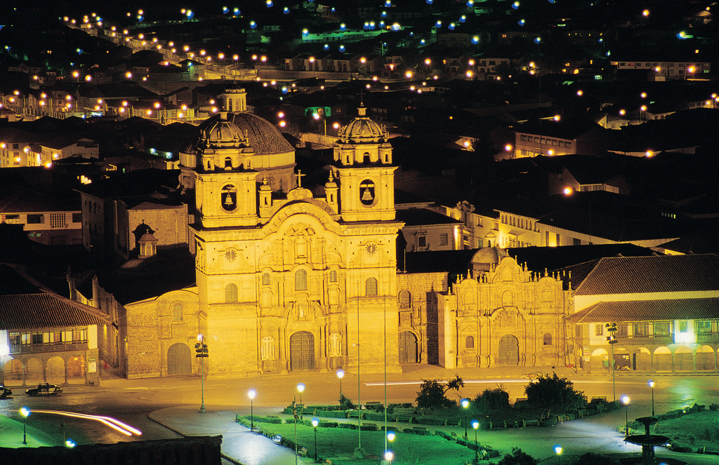 Peru; Cusco; Plaza de Armas; La Compania de Jesus
