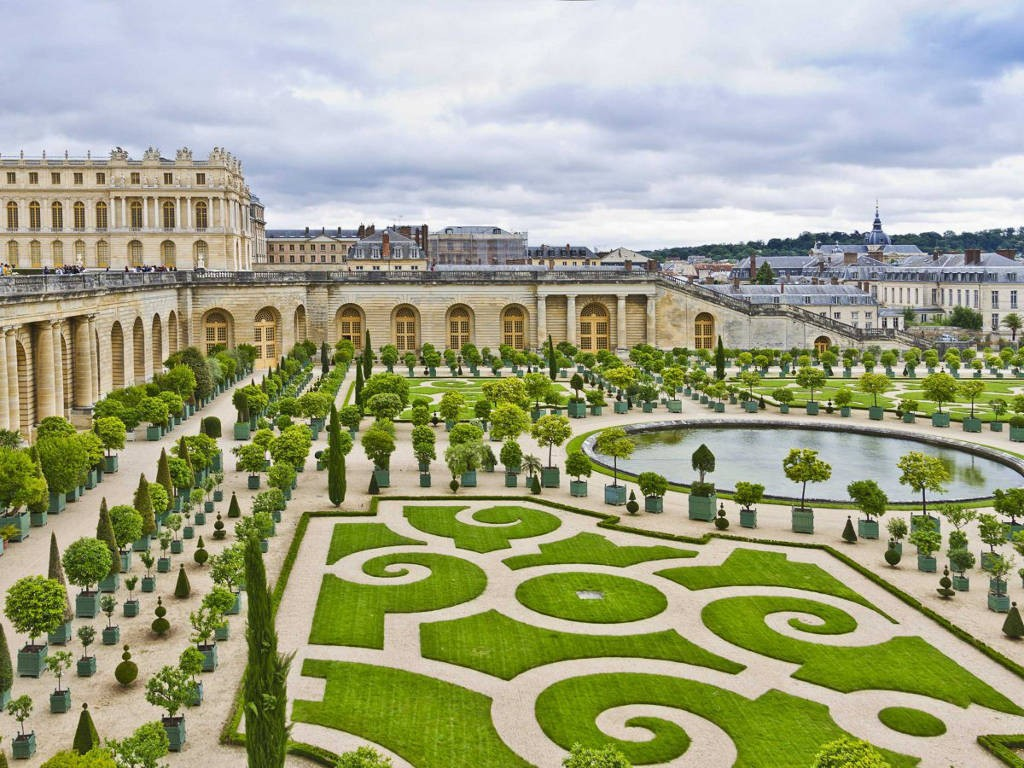 Palace-of-Versaille-gardens