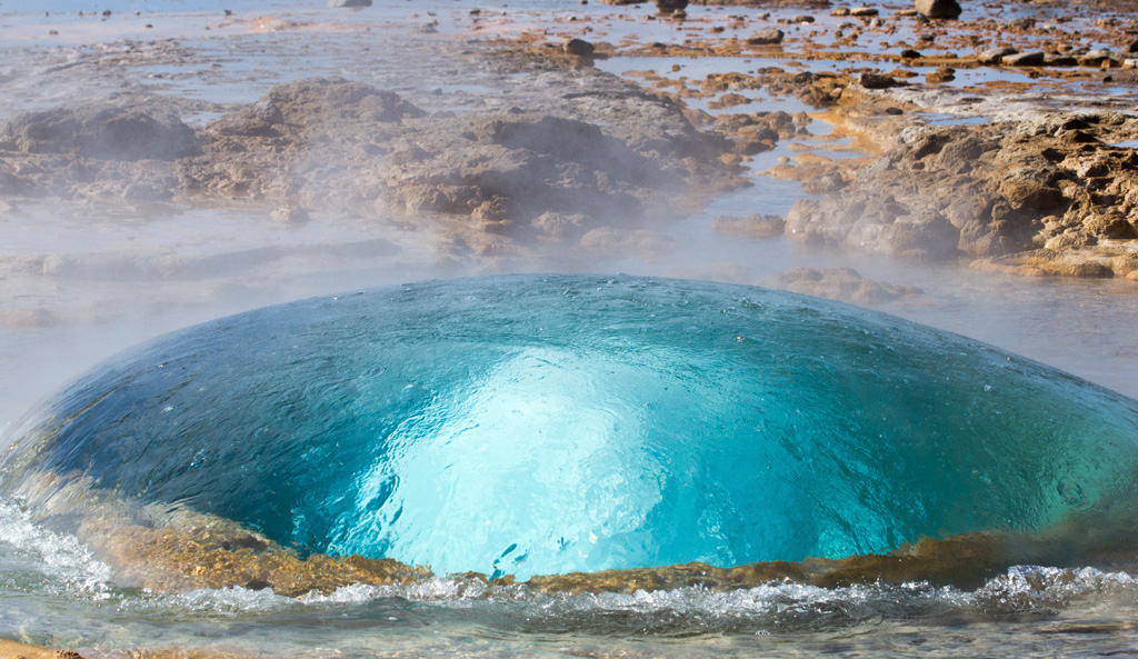 geysers iceland2