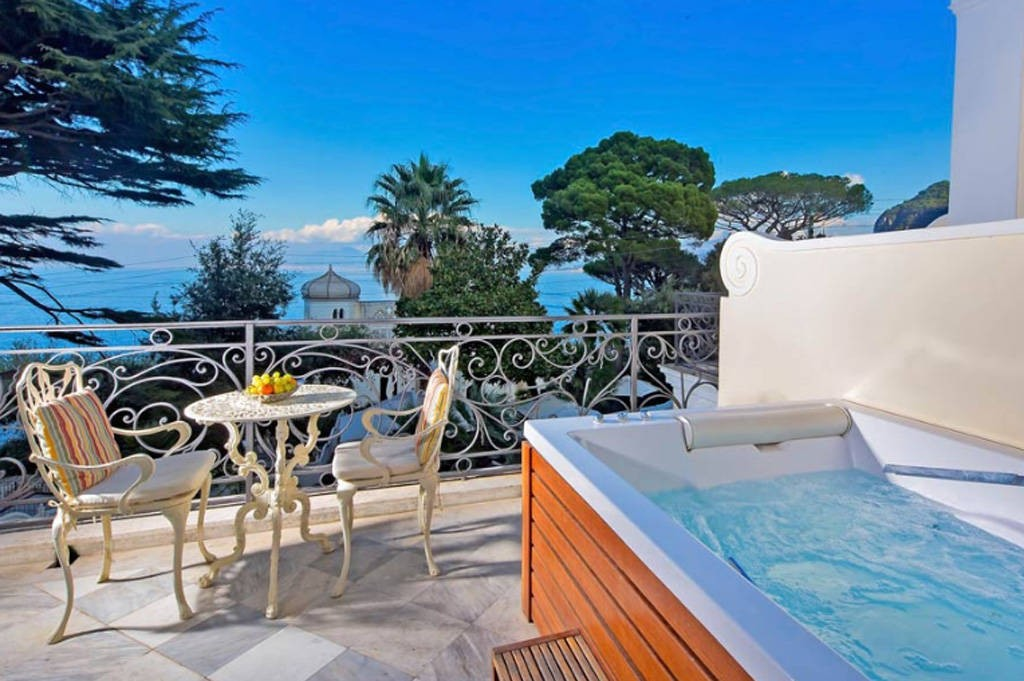 luxury-hotels-in-capri-excelsior-parco-3