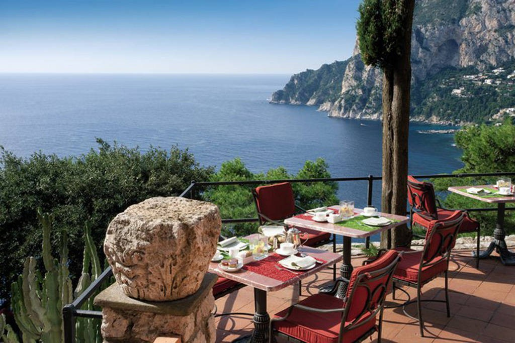 luxury-hotels-in-capri-punta-tragara-5