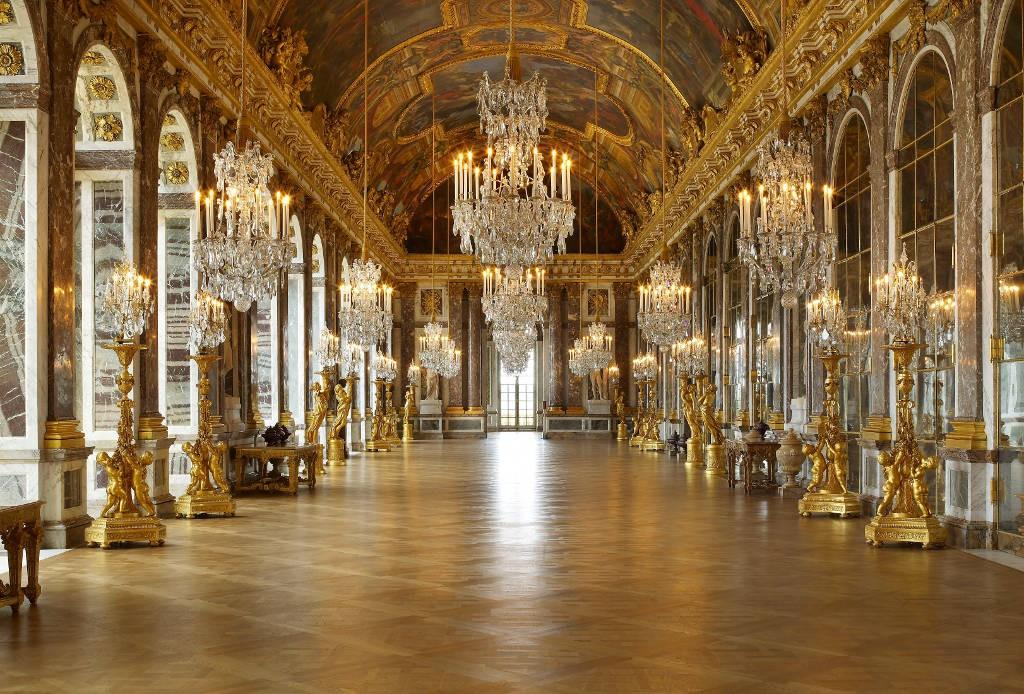 palace-of-versailles-mirrors