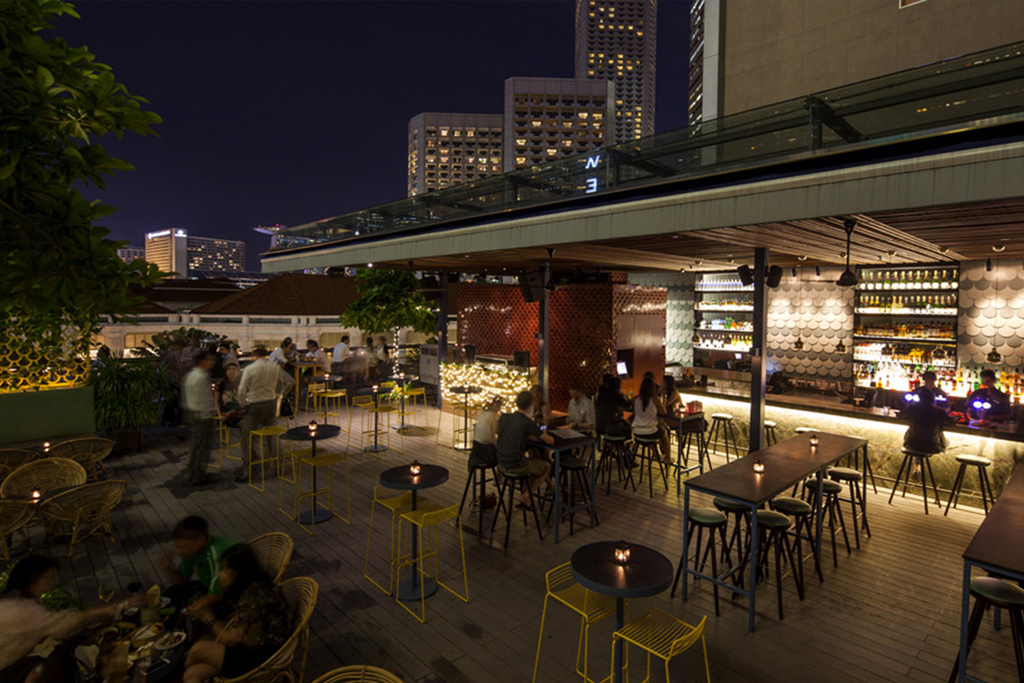 loof-rooftop-bar-singapore