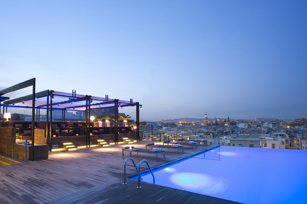 Swimming-pools-Barcelona-Hotel-Central