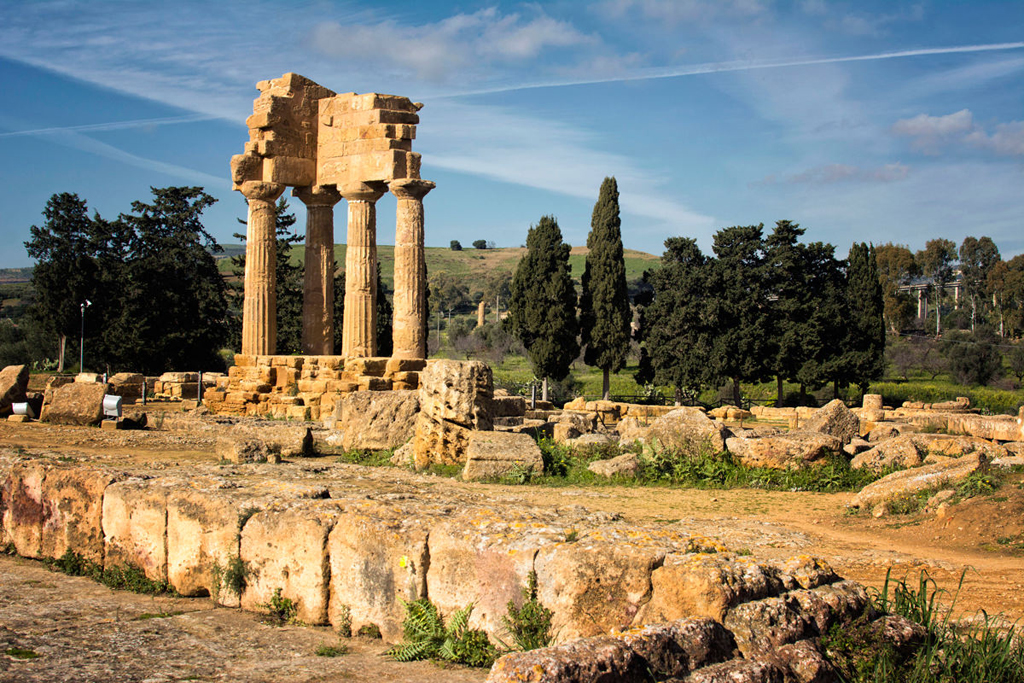 Agrigento-Sicily-Greek-Ruins_mini