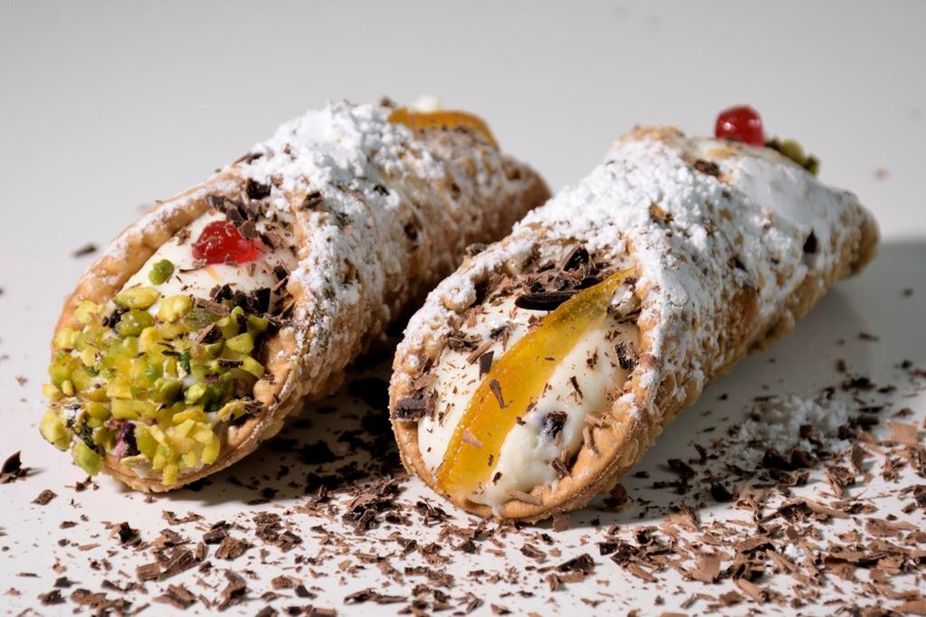 cannoli-siciliani