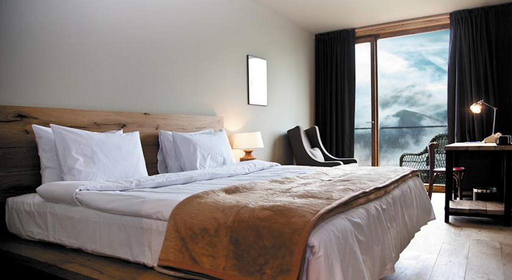 rooms hotel kazbegi 9