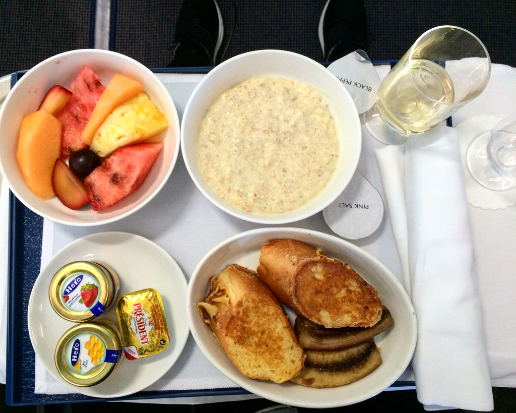 breakfast flydubai business class 3