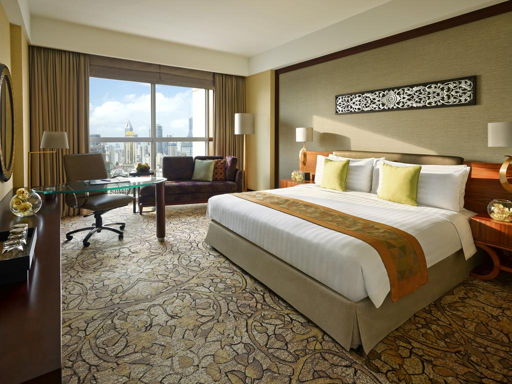 Experience gracious thai hospitality in dubai travel for Dubai burj khalifa rooms