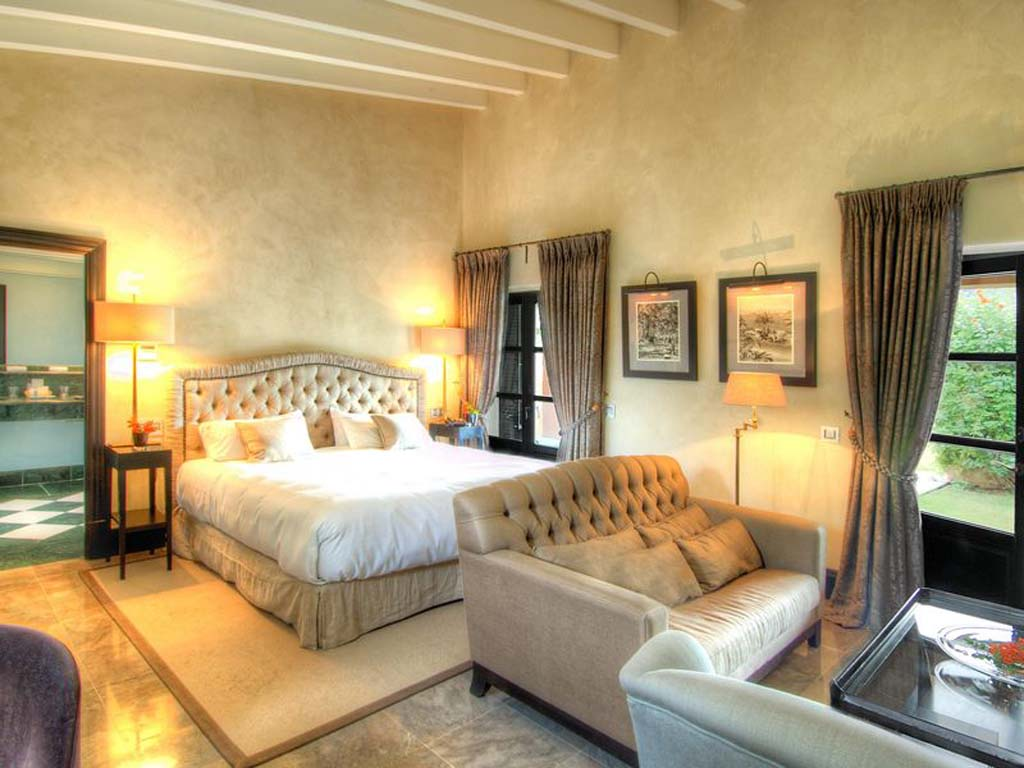 gran-hotel-son-net-deluxe-pool-inside_resized