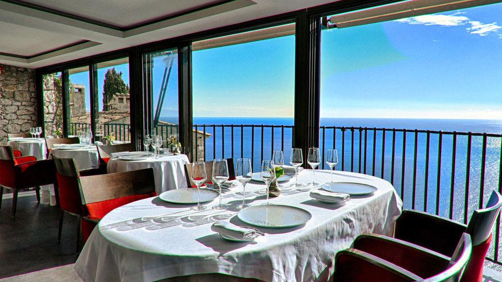 hotel-chateau-eza-gallerychateau-eza-restaurant11
