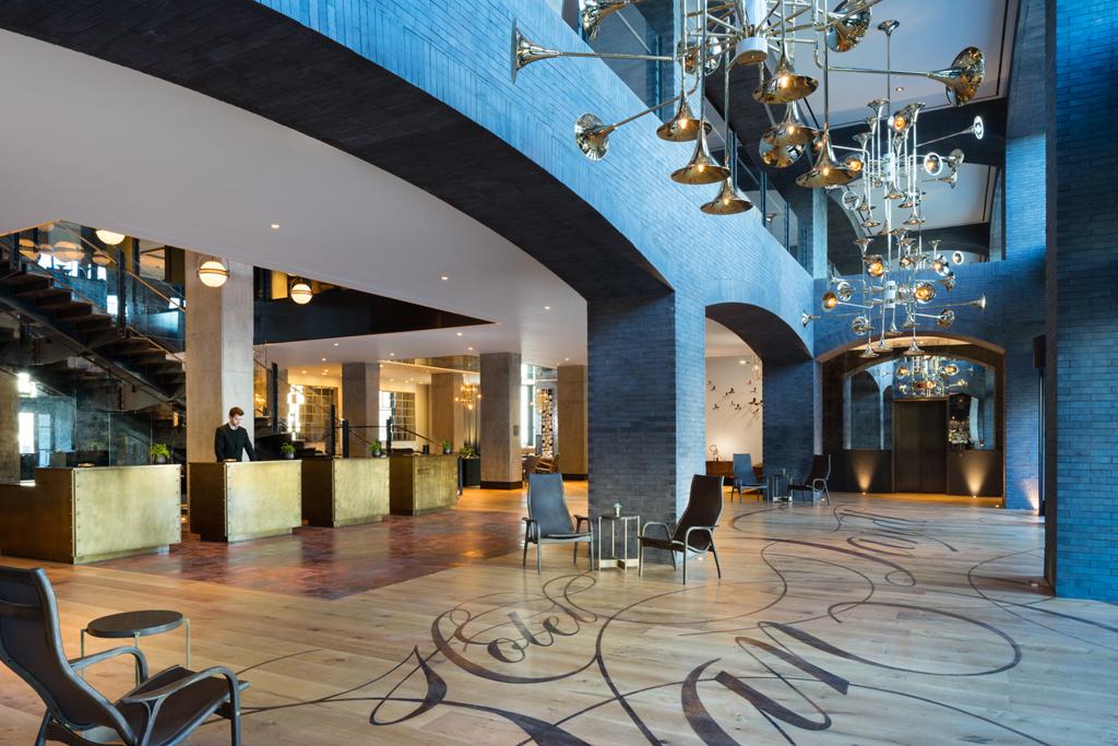 Best Speakers Travel Hotel Room