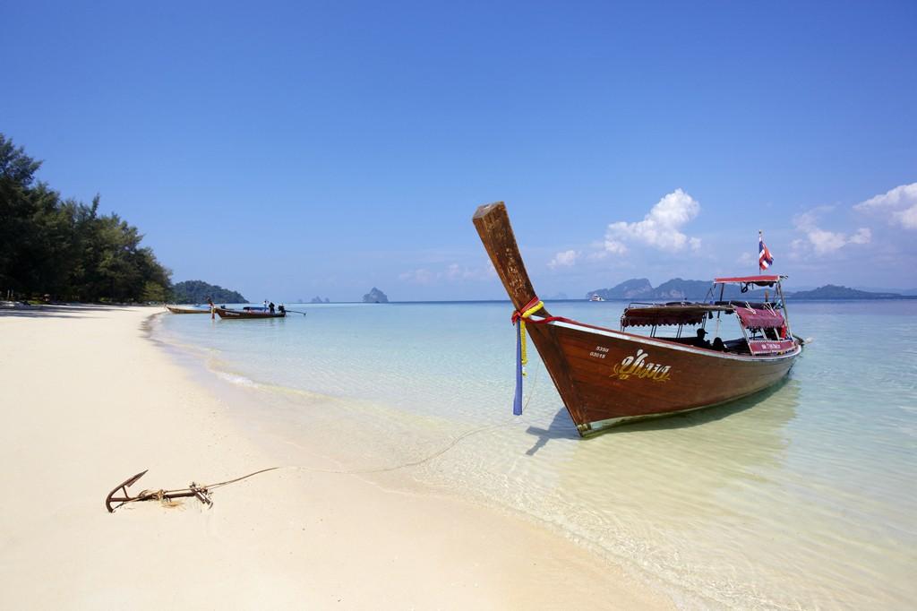 Anantara_Si_Kao_Resort_Boat