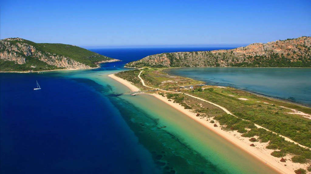 voidokilia_bay-beach-greece