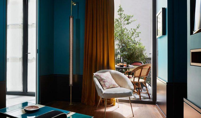 digital detox at grace hotel santorini. Black Bedroom Furniture Sets. Home Design Ideas