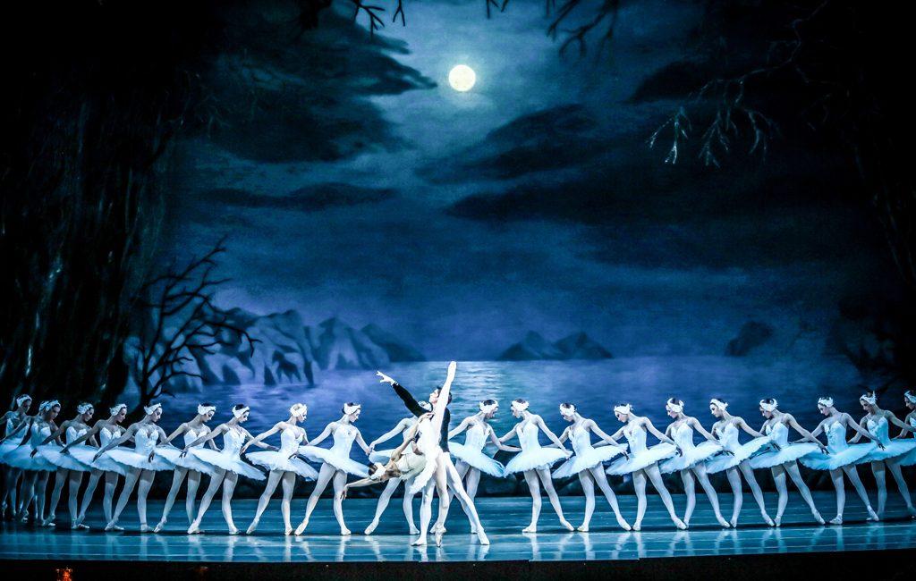 PULSE_XANDER_PARISH_&_DANCERS_OF_THE_MARIINSKY_BALLET_2