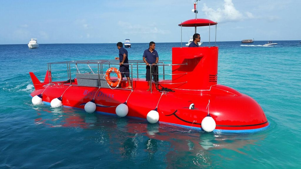 jumeirah vitavelli semi-submarine 2