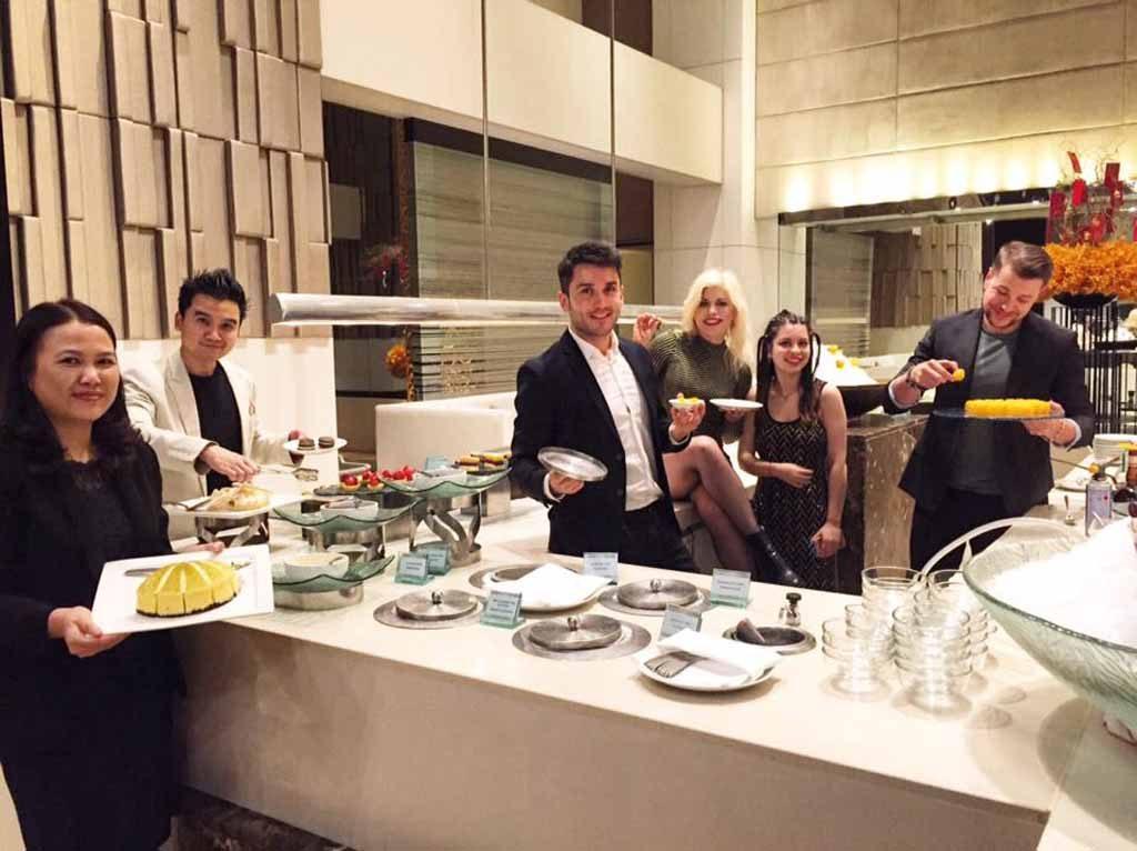 millennium hilton bangkok dinner