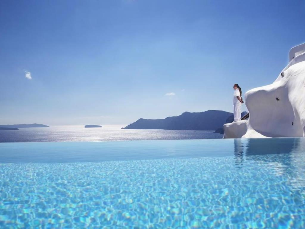 Katikies Hotel Santorini Is The Best Hotel In Greece