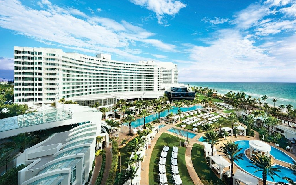 Abc S New Grand Hotel Tv Series Pilot Was Filmed At Fontainebleau Hotel Miami