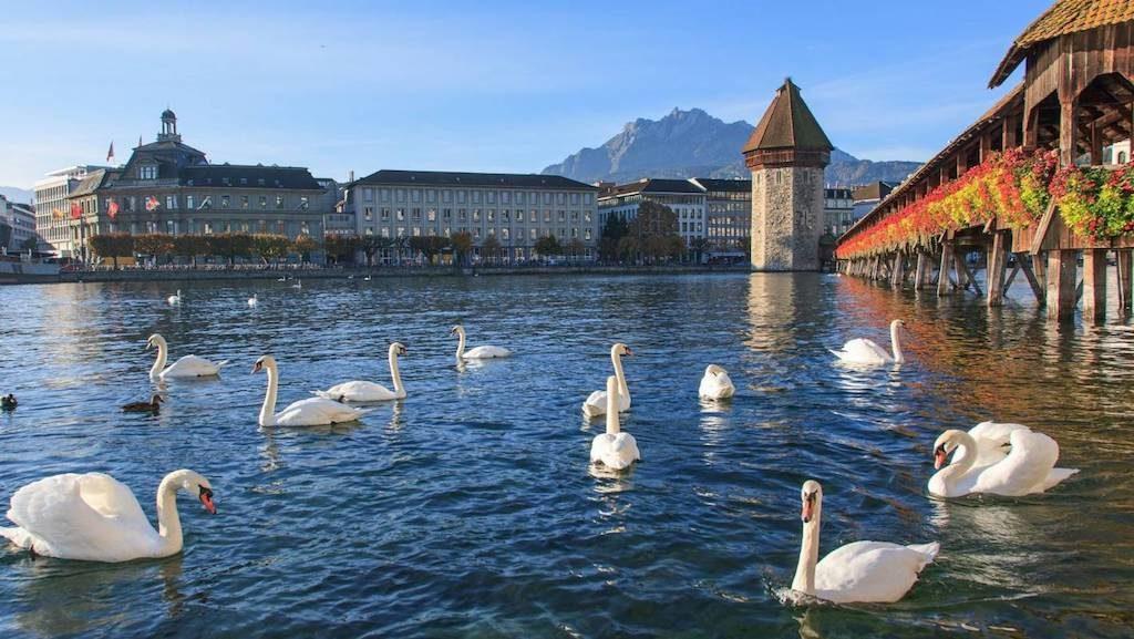 Mandarin Oriental to manage luxury hotel on Lake Lucerne, Switzerland